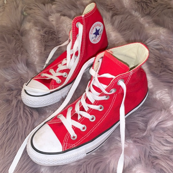 Girl Or Boy Red Converse Sneaker Shoes